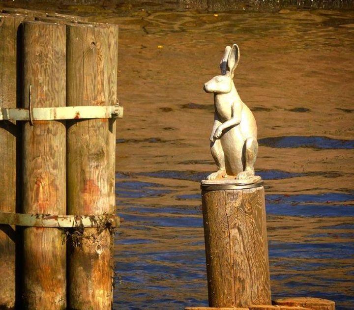 La estatua de la liebre