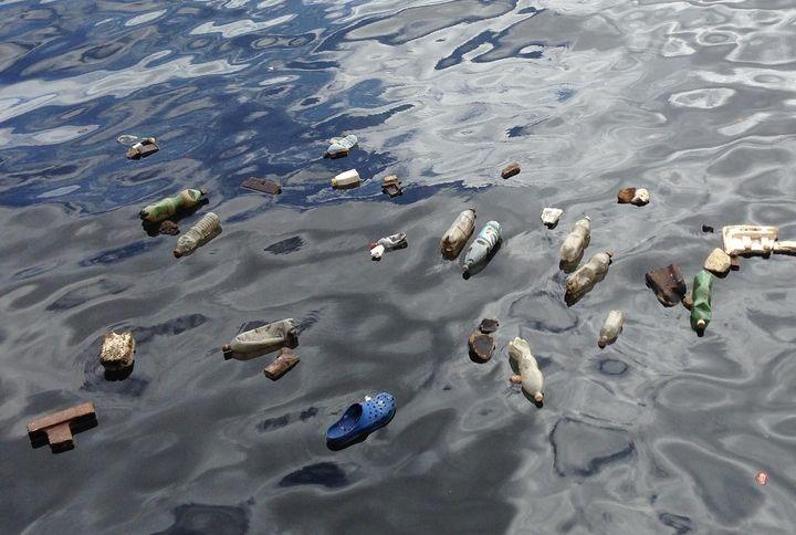 The Deep-Sea Debris Database