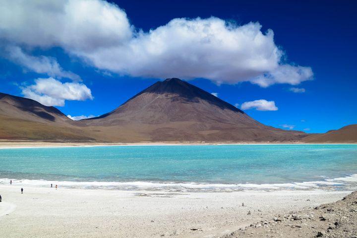 Lakes Near Volcanoes